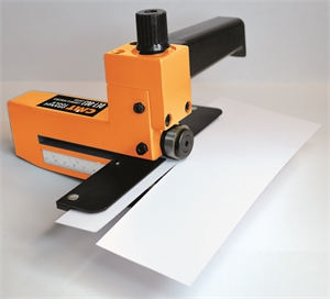 Laminate/veneered cutter