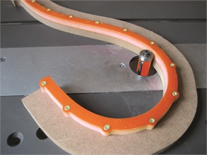 Flexible templates for curved and arched routing
